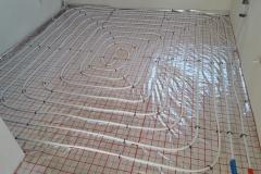 ogrzewanie-podłogowe-na-folii-aluminiowej